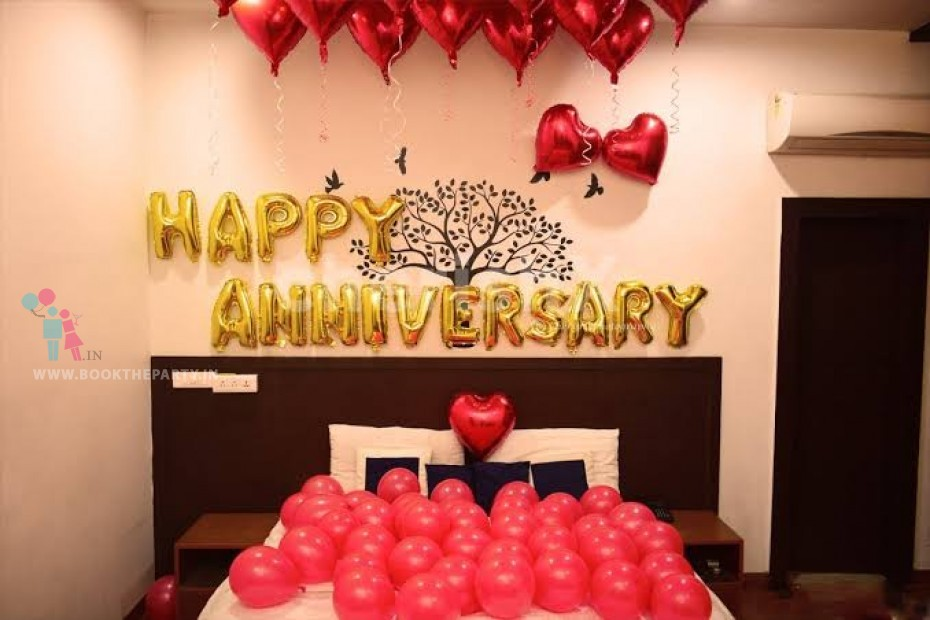Anniversary Decoration with Foil Balloons