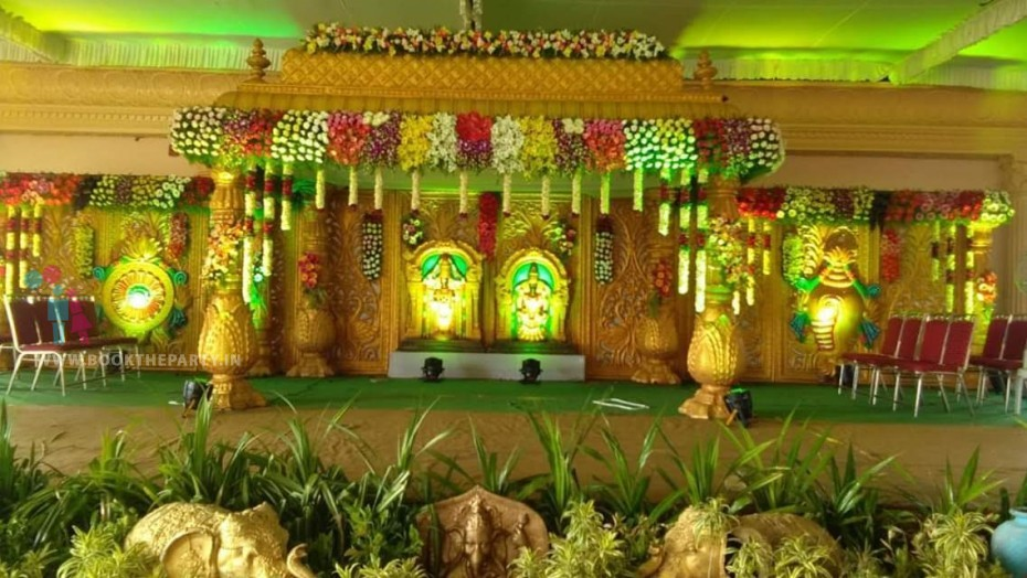 Golden Fiber Mandapam with Floral Decor