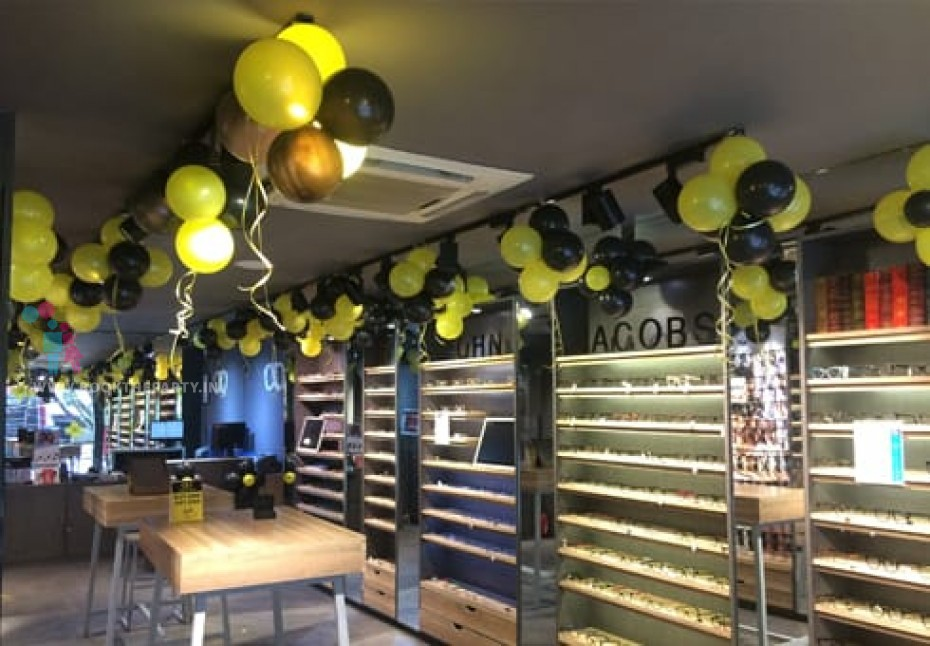 Black and Yellow Balloon Decor for Inauguration and Festivals