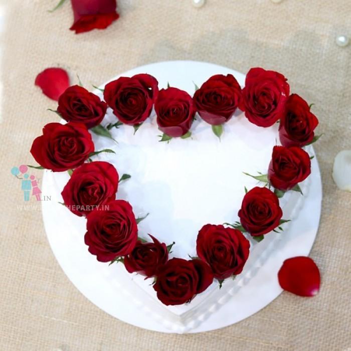 Red Rose Heart Cake
