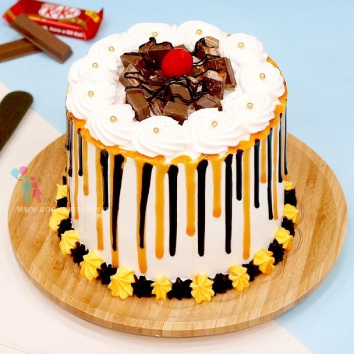 Kitkat Designer Cake