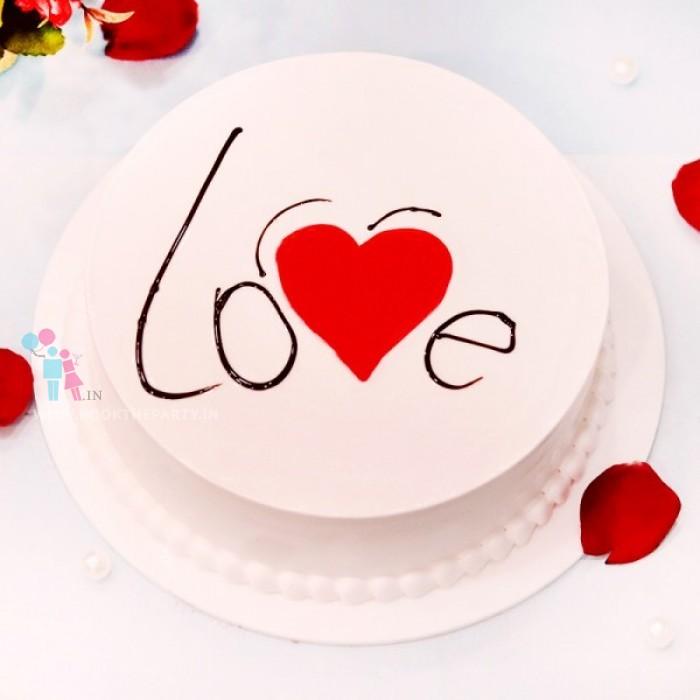 Love Vanilla Cake