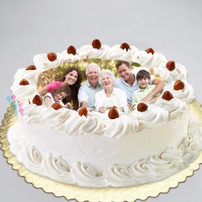Photo White Forest Cake