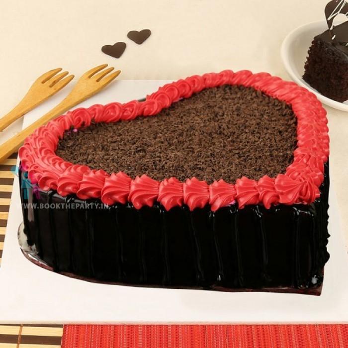 Ultimate Chocolate Heart Cake