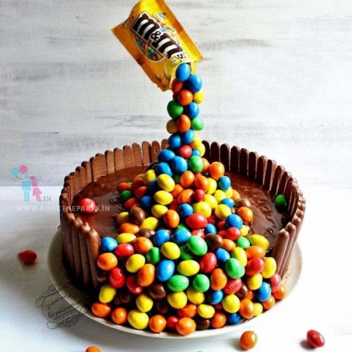 Anti- Gravity Cake