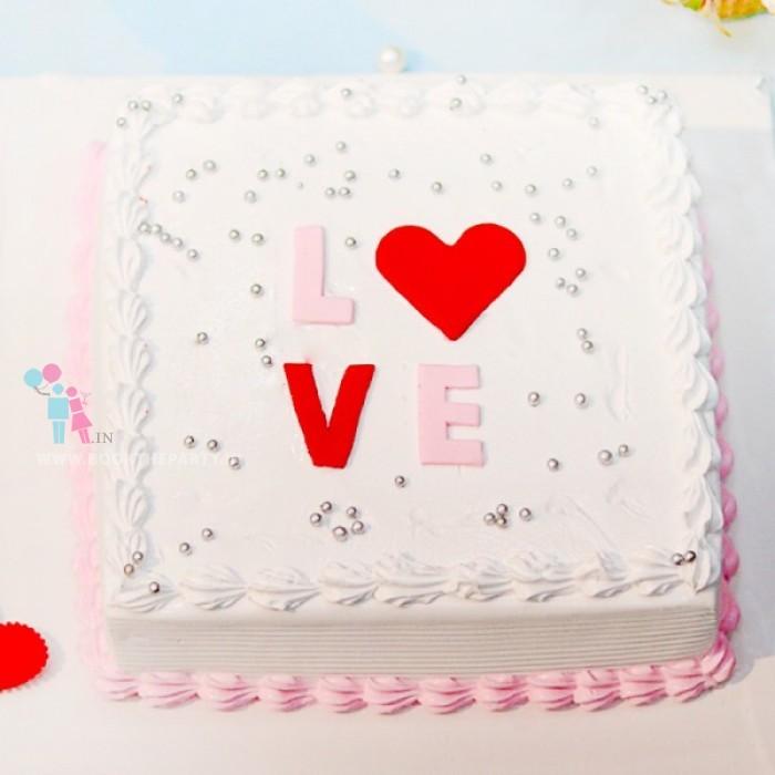 Elegant Love Vanilla Cake