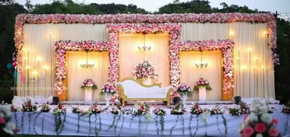 White Drapes with Chandeliers Theme