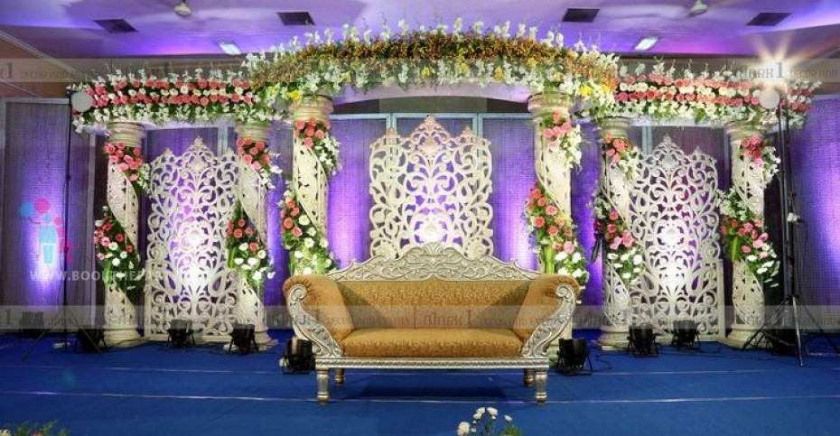 White Fiber Jaali Stage Decoration
