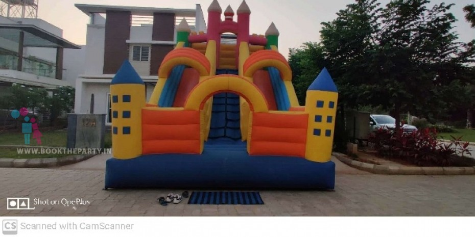 Bouncy Castle with Slider