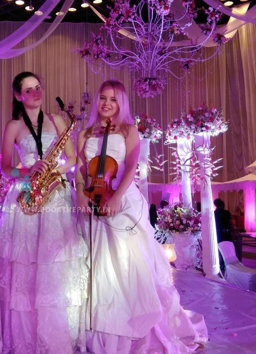 Female Russian Instrumental Artist (2 Artists)
