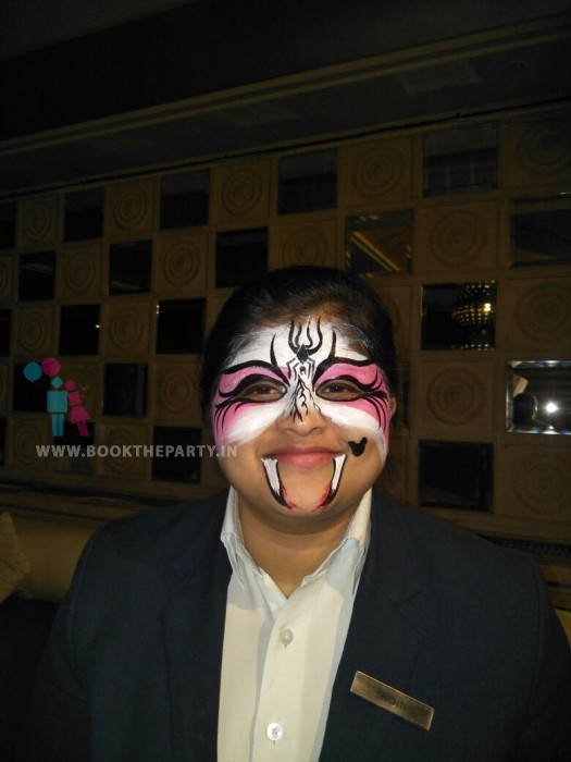 Halloween Day Face Painting Artist